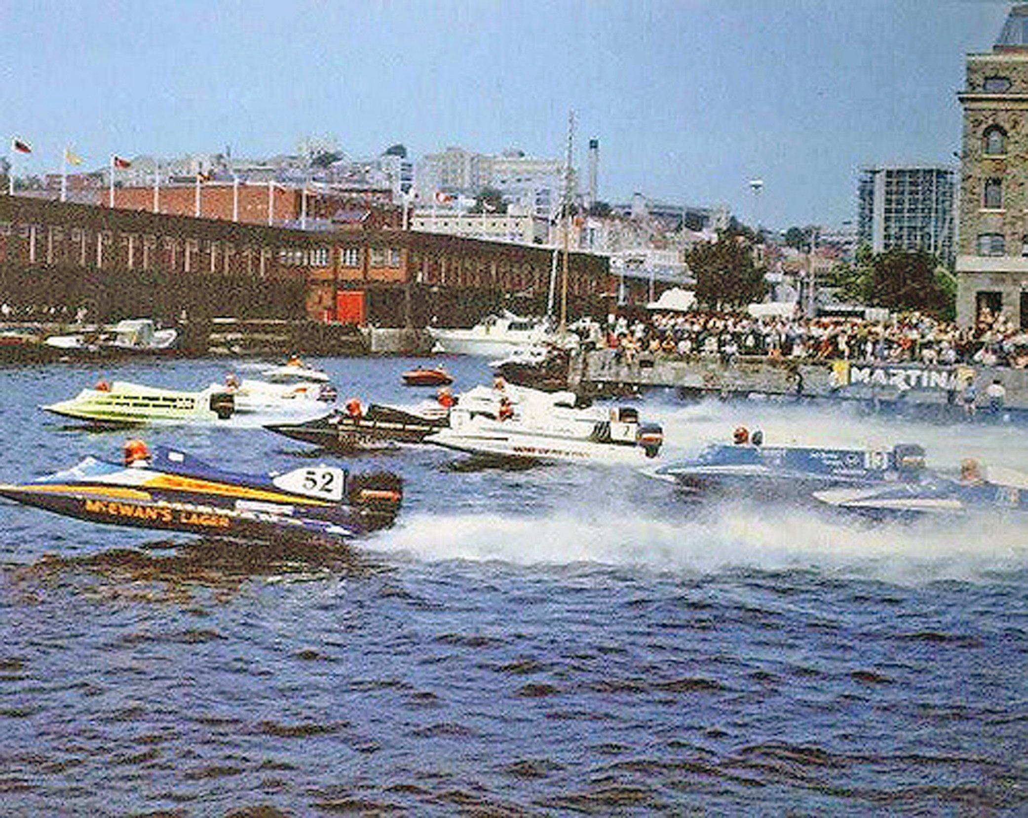 Powerboat racing 1983